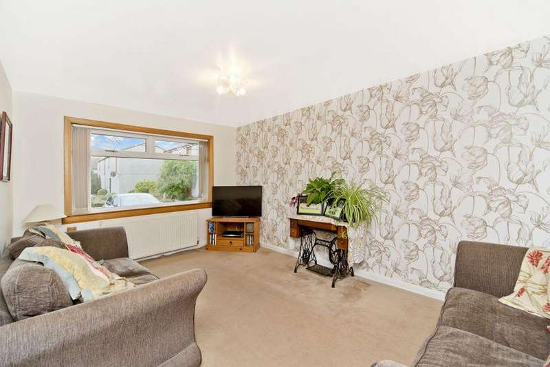 3 Bedrooms Semi Detached House for sale in 5 Brunt Place, Dunbar, EH42 1RT