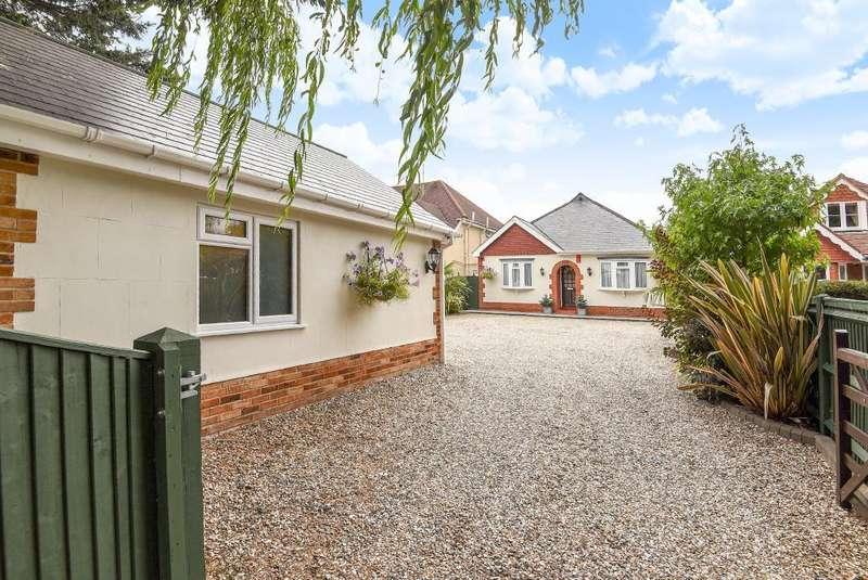 5 Bedrooms Detached Bungalow for sale in Bath Road, Thatcham, RG18