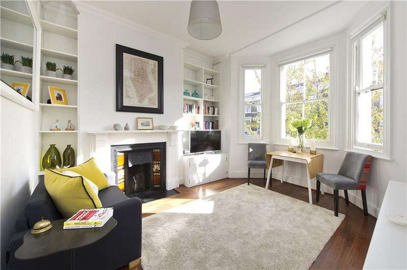 1 Bedroom Flat for sale in Chesterton Road, North Kensington W10