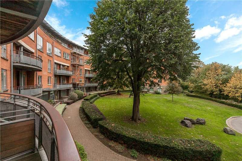 3 Bedrooms Flat for sale in Alexandra Apartments, Redland Court Road, Bristol, BS6