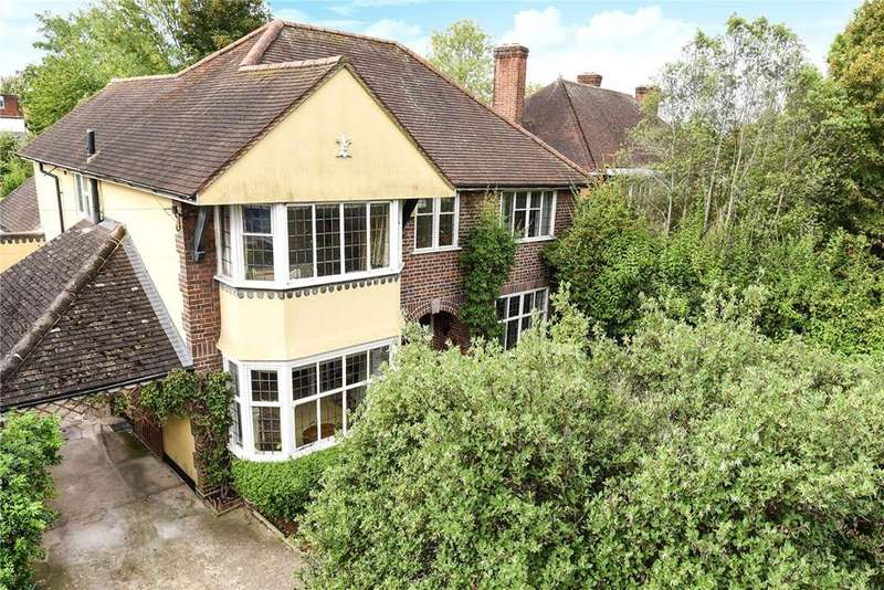 4 Bedrooms Detached House for sale in York Road, Windsor, Berkshire, SL4
