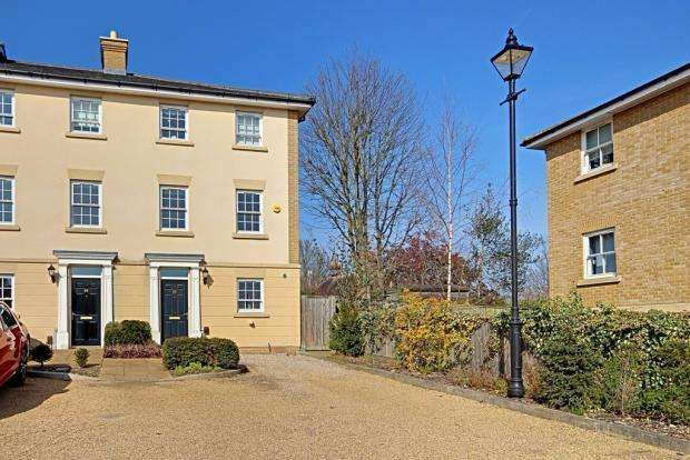 5 Bedrooms End Of Terrace House for sale in North Road, Hertford