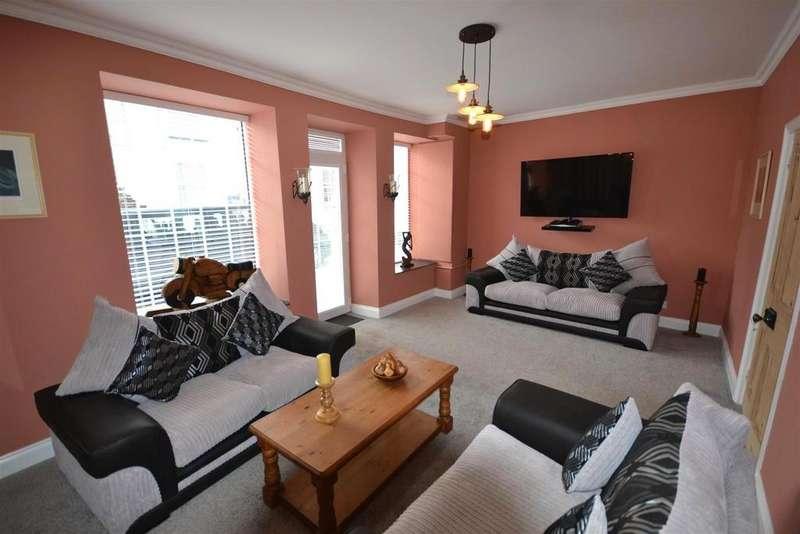 5 Bedrooms Semi Detached House for sale in Llansteffan, Carmarthen