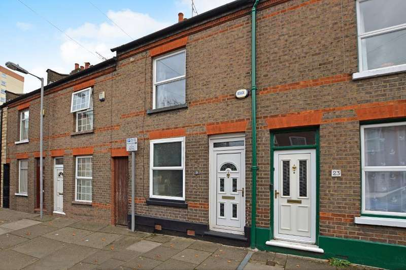 2 Bedrooms Terraced House for sale in Cambridge Street, South Luton, Luton, LU1 3QS