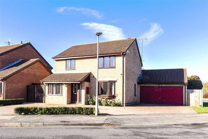 4 Bedrooms Detached House for sale in Adwell Drive, Lower Earley, Reading, Berkshire, RG6