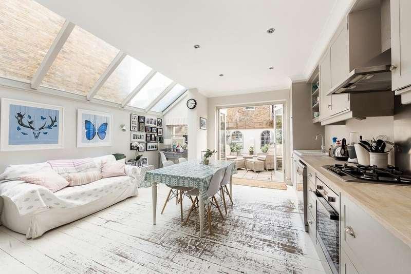 4 Bedrooms Terraced House for sale in Cobbold Road, Shepherds Bush, London, W12