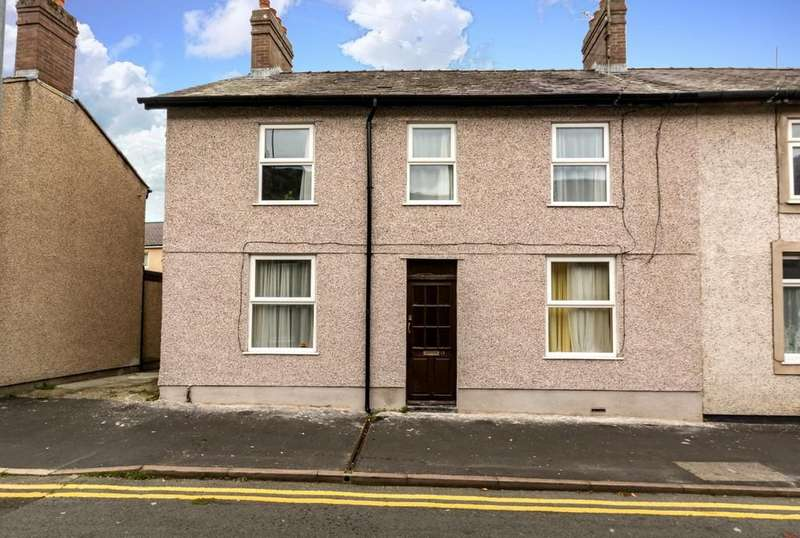 4 Bedrooms End Of Terrace House for sale in Ambrose Street, Bangor, North Wales