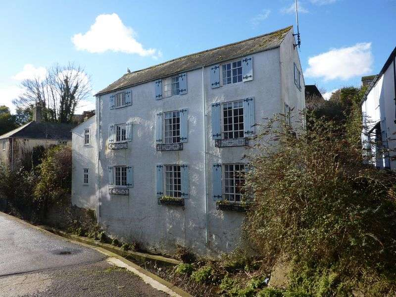 2 Bedrooms Property for sale in Sherborne Lane, Lyme Regis