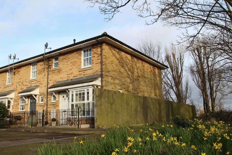 3 Bedrooms Property for sale in Seville Court, Portishead