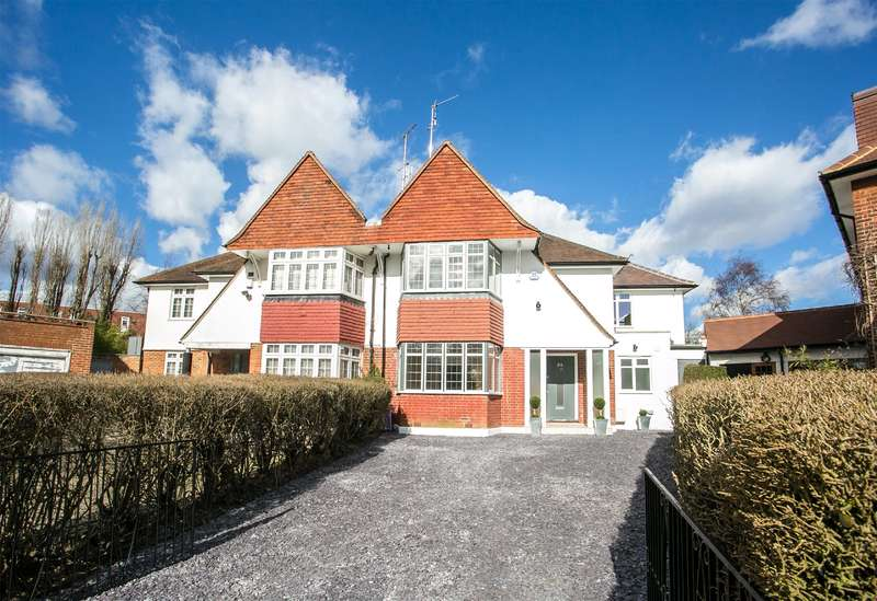 4 Bedrooms House for sale in Harman Drive, Hocroft Estate