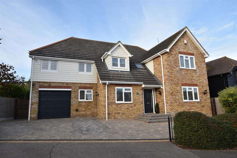 5 Bedrooms Detached House for sale in The Westerings, Hockley