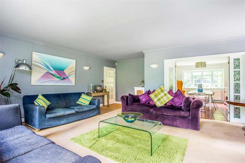 4 Bedrooms Detached House for sale in Gore Lane, Barwick, Ware