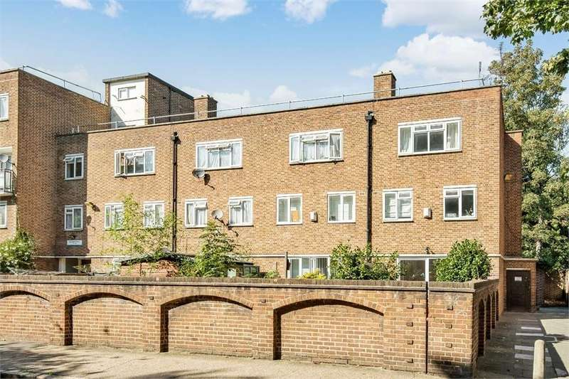 Studio Flat for sale in Bethwin Road, Camberwell