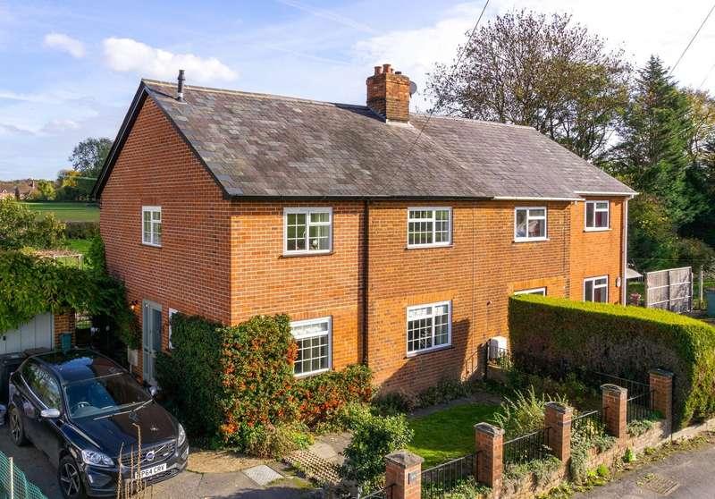 3 Bedrooms Semi Detached House for sale in Old School Lane, Brockham, Betchworth, Surrey, RH3