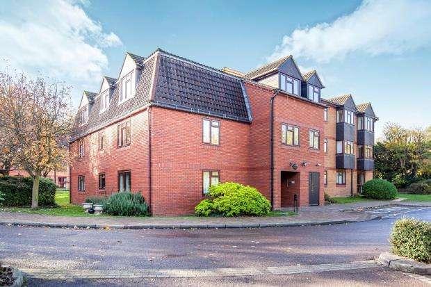 2 Bedrooms Retirement Property for sale in Shoppenhangers Road, Berkshire