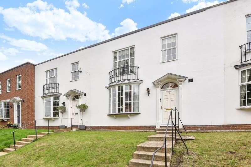 2 Bedrooms Terraced House for sale in Overton Park Road, Cheltenham