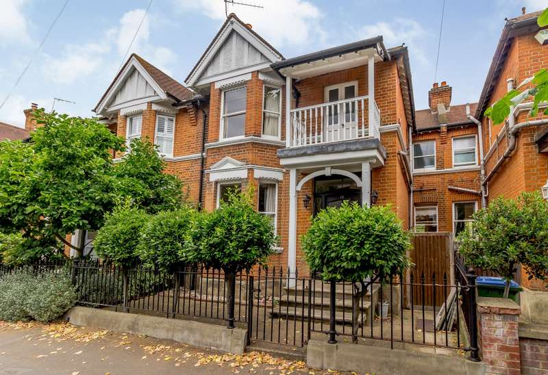 4 Bedrooms Terraced House for sale in East Molesey