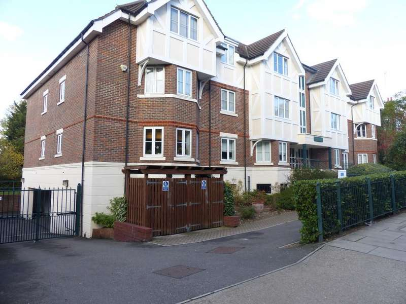 2 Bedrooms Apartment Flat for sale in Station Road, Hendon, London NW4 4HL