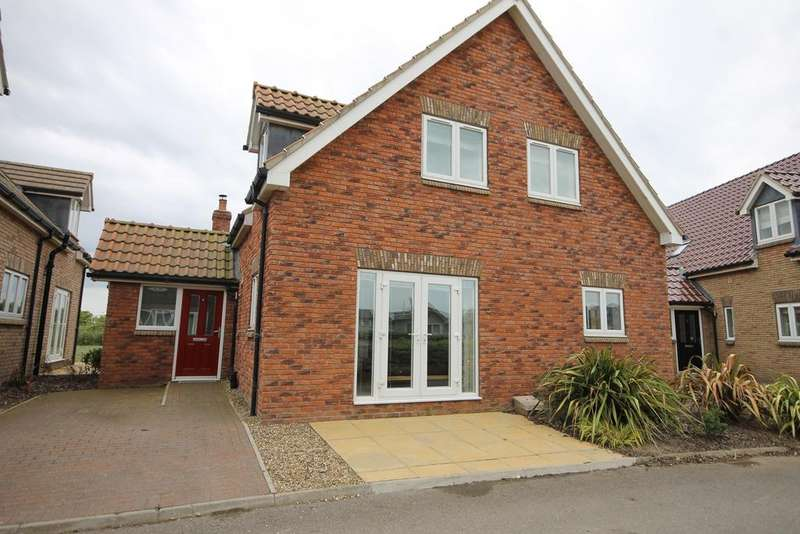 4 Bedrooms Detached House for sale in Brittania Drive, The Bay, Moor Road, Filey YO14