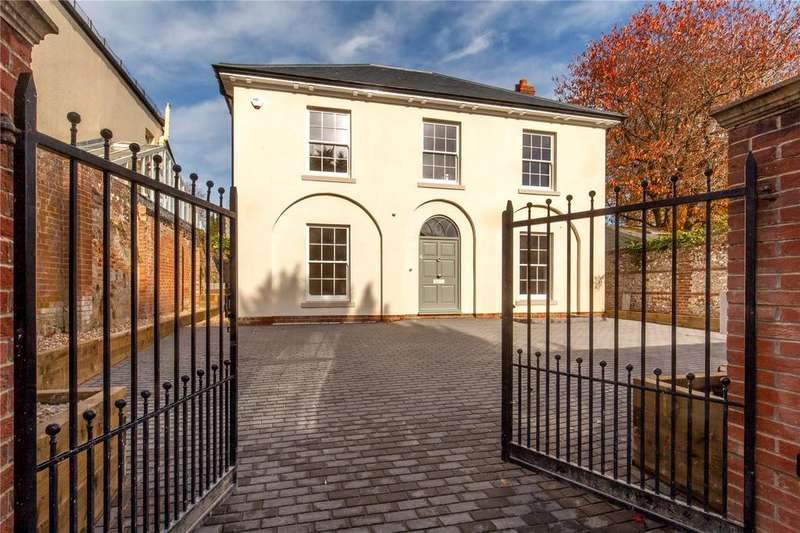 4 Bedrooms Detached House for sale in Grafton Road, Winchester, Hampshire, SO23