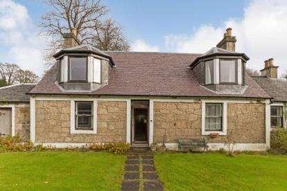 3 Bedrooms Detached House for sale in High Barholm, Kilbarchan, Johnstone, Renfrewshire