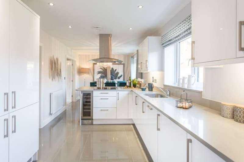 4 Bedrooms Detached House for sale in St. Kevins Drive, Kirkby, Liverpool, L32
