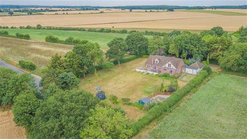 4 Bedrooms Detached House for sale in Nr Walkern, Luffenhall, Hertfordshire, SG2