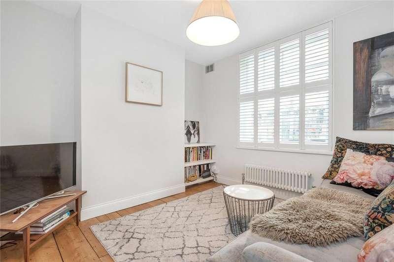 2 Bedrooms Maisonette Flat for sale in Ashby Street, Clerkenwell, London, EC1V