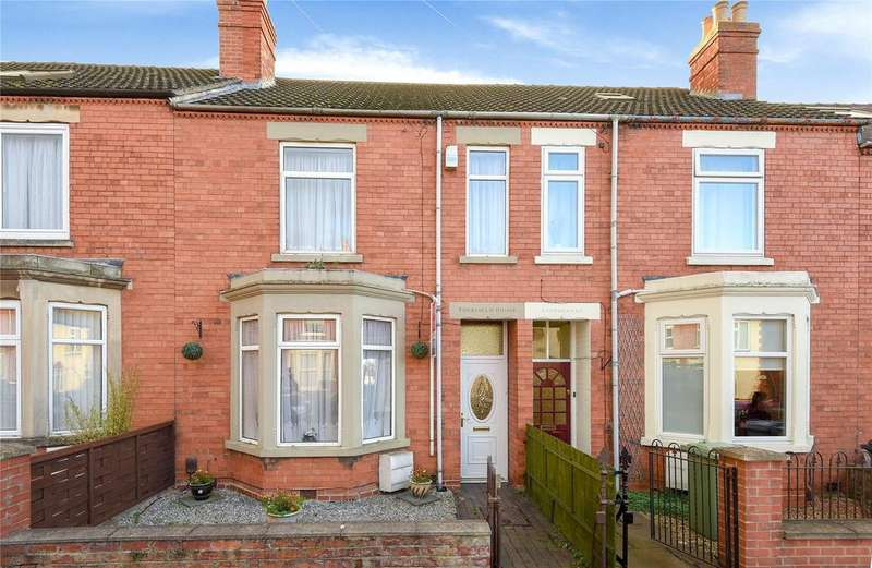 3 Bedrooms Terraced House for sale in Huntingtower Road, Grantham, NG31