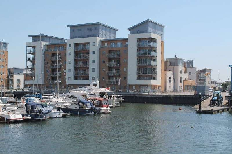 2 Bedrooms Property for sale in Mizzen Court Portishead, Bristol