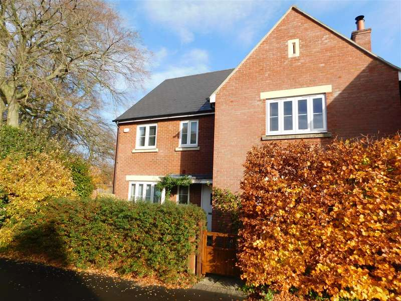 4 Bedrooms Detached House for sale in Elm Grove, Calne