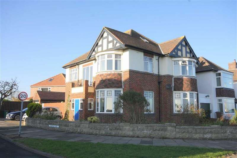 4 Bedrooms Detached House for sale in Westley Avenue, Whitley Bay, Tyne And Wear, NE26