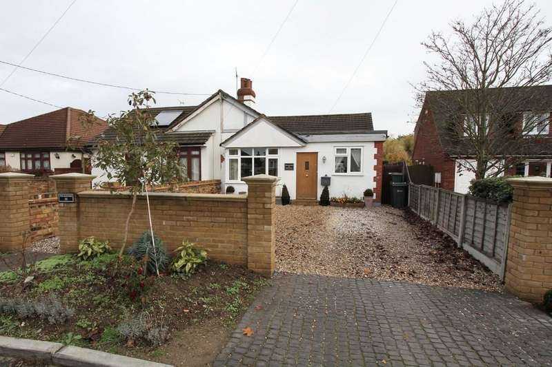 4 Bedrooms Chalet House for sale in Brock Hill, Runwell