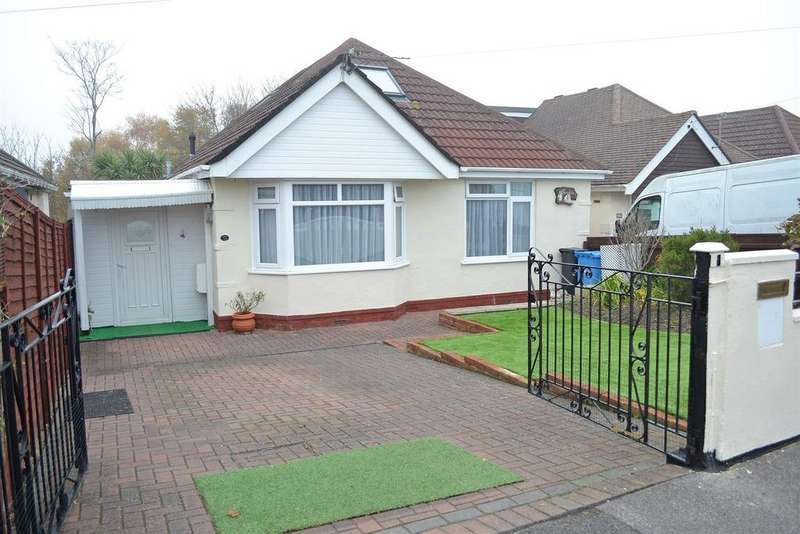 3 Bedrooms Detached Bungalow for sale in Newlyn Way, Parkstone, Poole