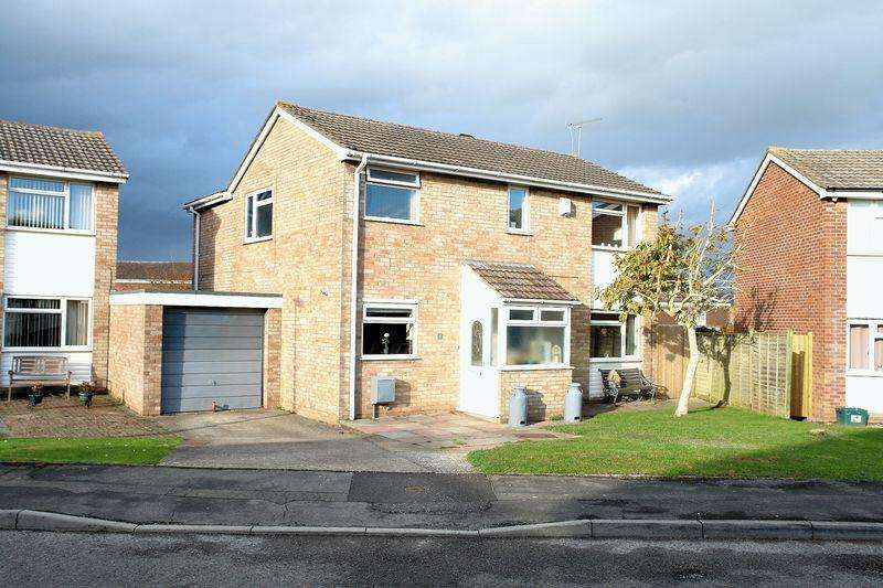 4 Bedrooms Detached House for sale in Naislea, North Somerset