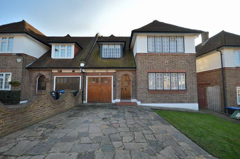 4 Bedrooms Semi Detached House for sale in Minchenden Crescent, London, Greater London. N14