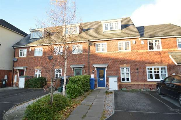 3 Bedrooms Town House for sale in Abbeyfield Close, Cale Green, Stockport, Cheshire