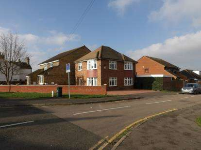 3 Bedrooms Detached House for sale in Potton Road, Biggleswade, Bedfordshire