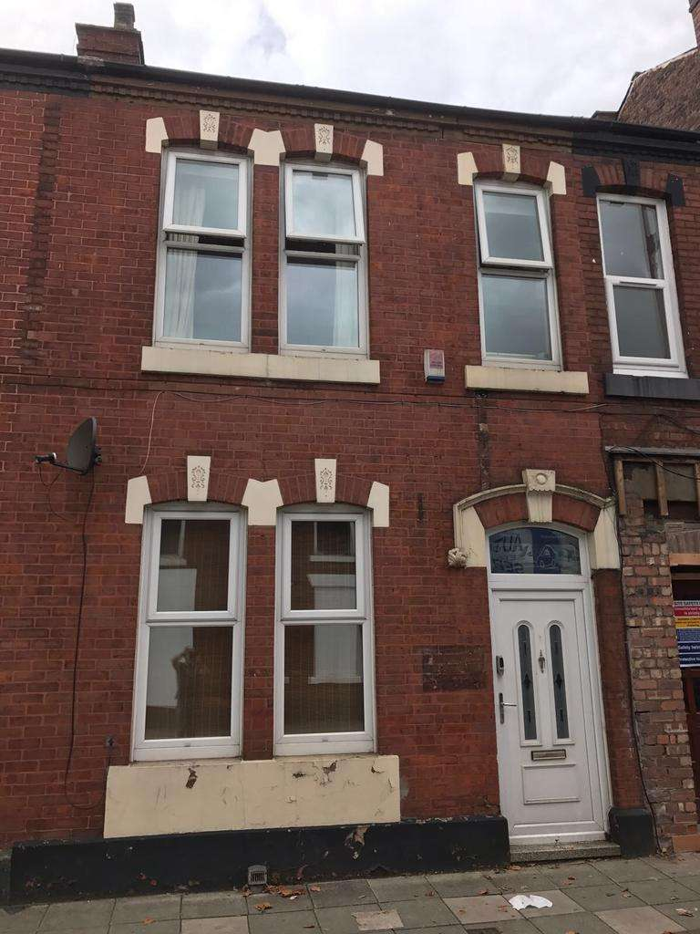 4 Bedrooms Terraced House for sale in King Street, Dukinfield, Dukinfield SK16