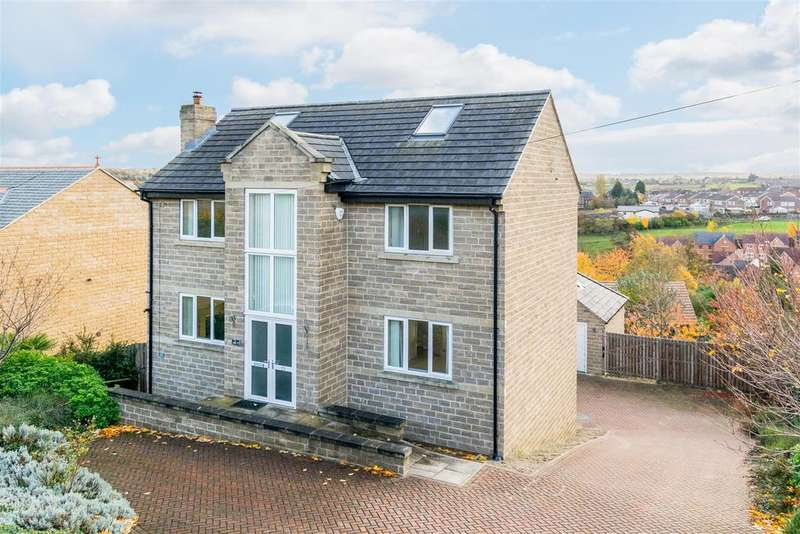 4 Bedrooms Detached House for sale in Hough Side Lane, Pudsey