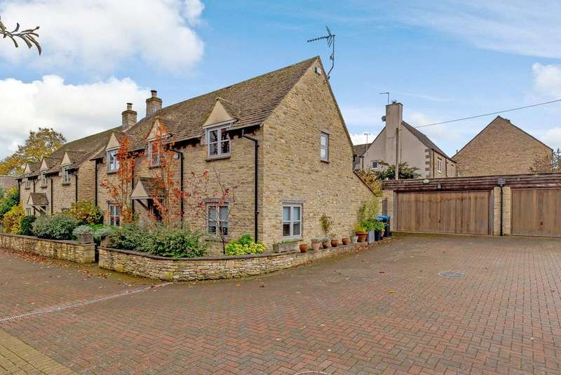 3 Bedrooms Detached House for sale in Burgage Gardens, Burford, Oxfordshire, OX18