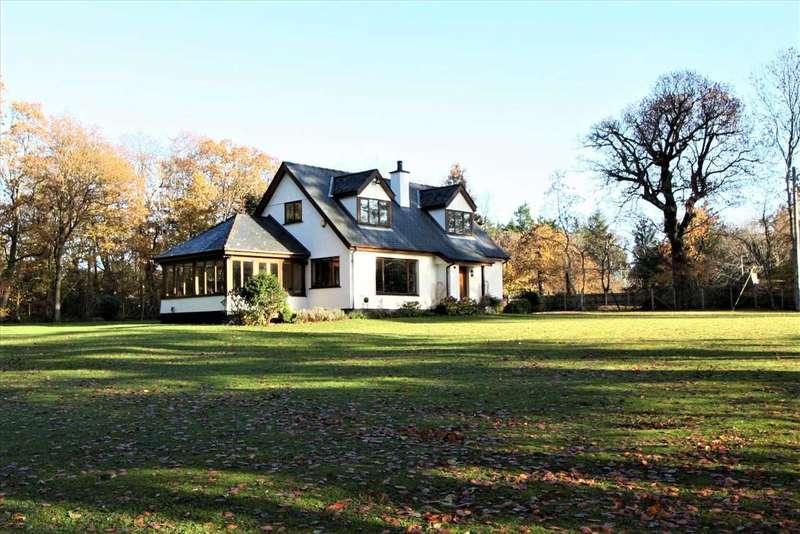 4 Bedrooms Detached House for sale in Fair Linden, Llanfaes, Beaumaris