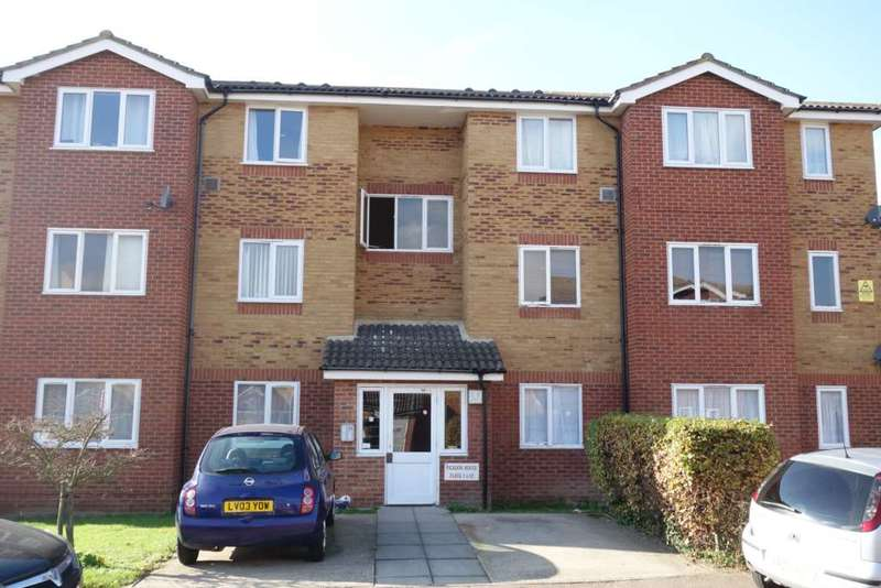2 Bedrooms Flat for sale in Picador House, Coopers Close, Dagenham, RM10 8TS