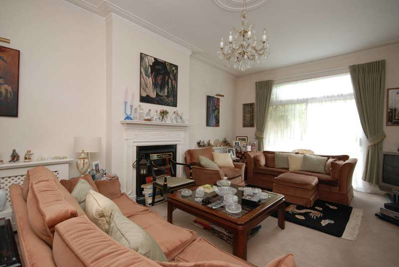 4 Bedrooms House for sale in Colney Hatch Lane, Muswell Hill, N10