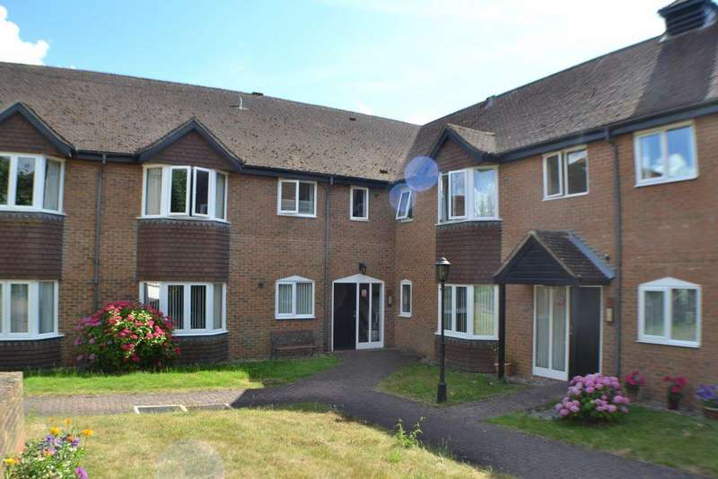 1 Bedroom Flat for sale in Ferndale Court Thatcham