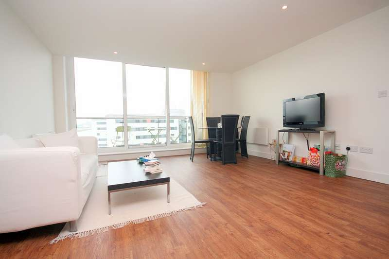 2 Bedrooms Property for sale in Fathom Court, 2 Basin Approach, E16 2FF