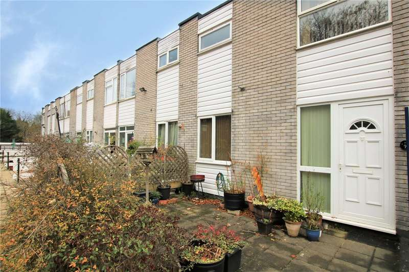 2 Bedrooms Maisonette Flat for sale in Farnham Drive, Caversham, Reading, Berkshire, RG4
