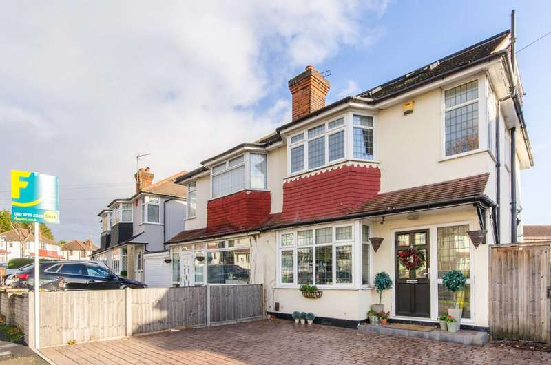 4 Bedrooms Semi Detached House for sale in Harold Road, Chingford, E4