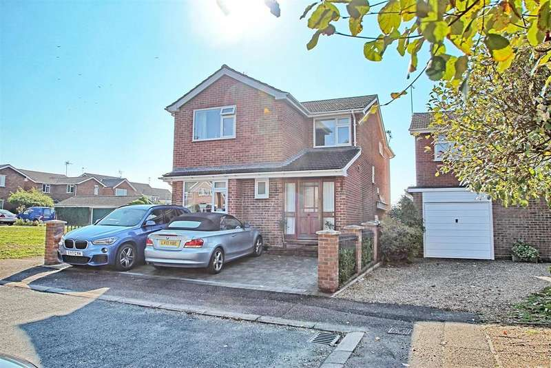 4 Bedrooms Detached House for sale in WICKENFIELDS - WARE - LARGE FAMILY HOME