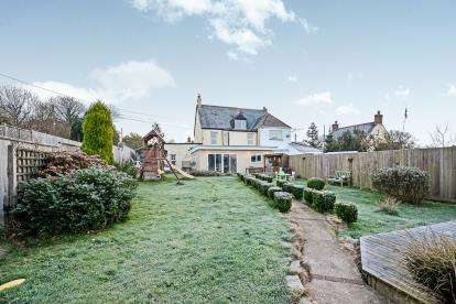 5 Bedrooms Semi Detached House for sale in St Columb, Newquay, Cornwall